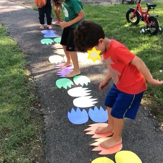 Παιχνίδι για παιδικά πάρτυ Ιχνηλασία