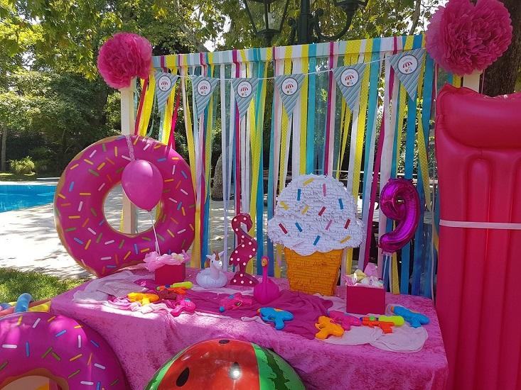 Πινιάτα παγωτό για παιδικό πάρτυ