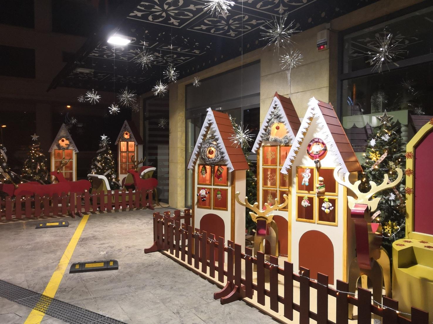 Χριστουγεννιάτικα σπιτάκια σετ των τριών