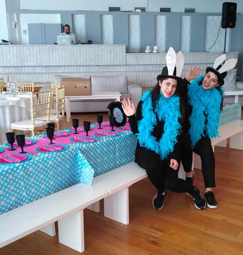 Παιδικά επιπλάκια για φαγητό σε ALICE IN WONDERLAND πάρτυ