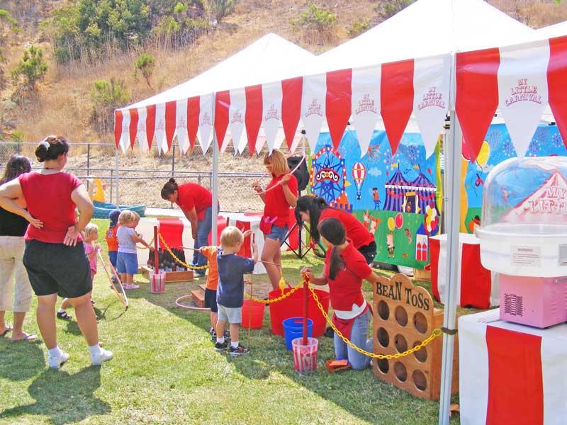 Υφασμάτινα κιόσκια για παιδικά πάρτυ με θέμα λούνα παρκ