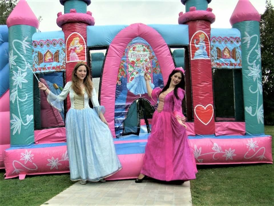 Κλόουν - Ανιματέρ για παιδικό πάρτυ με στολή ΠΡΙΓΚΙΠΙΣΣΑΣ