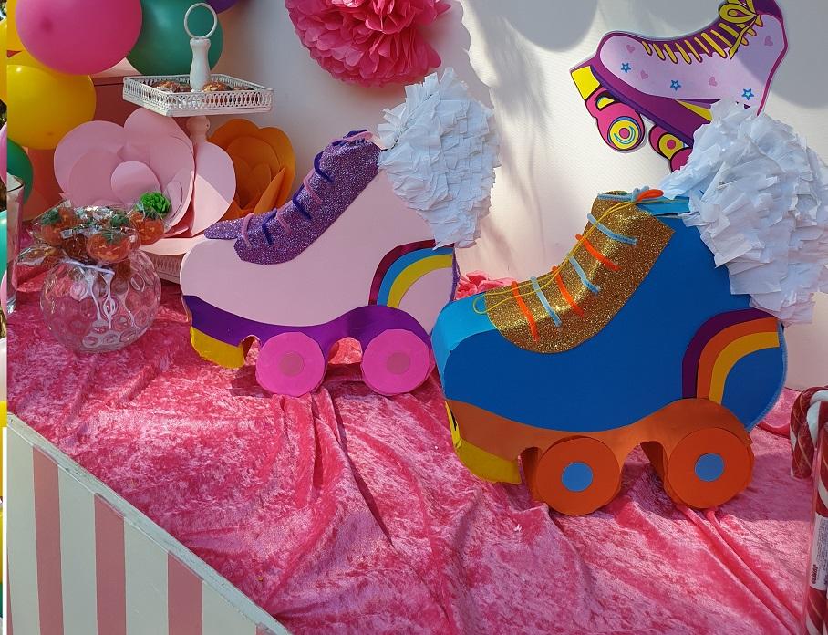 Πινιάτα Πέδιλα Πατινάζ για παιδικό πάρτυ