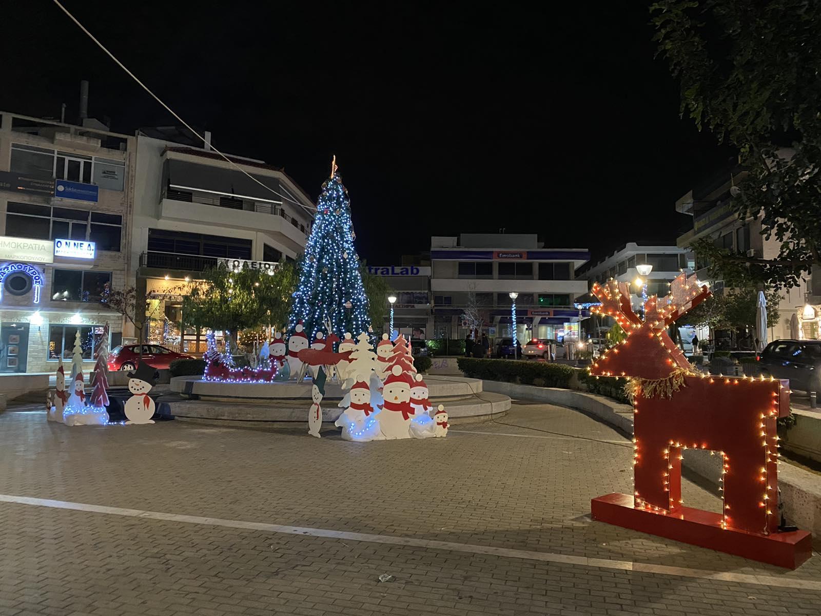 Χριστουγεννιάτικος στολισμός δήμου ΜΑΡΚΟΠΟΥΛΟΥ 2020