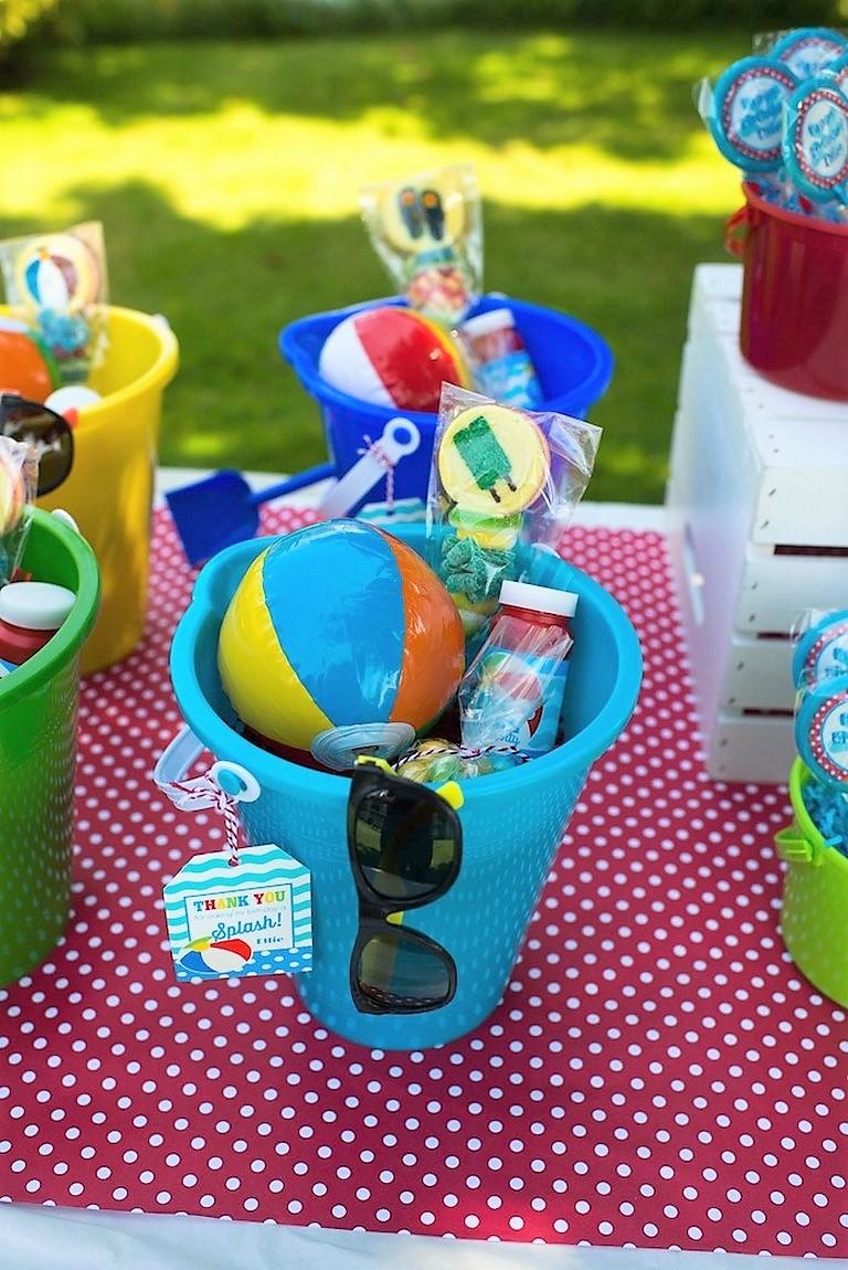 Δωράκι για παιδικό πάρτυ ή βάπτιση : ΚΟΥΒΑΔΑΚΙ με παιχνιδάκια νερού