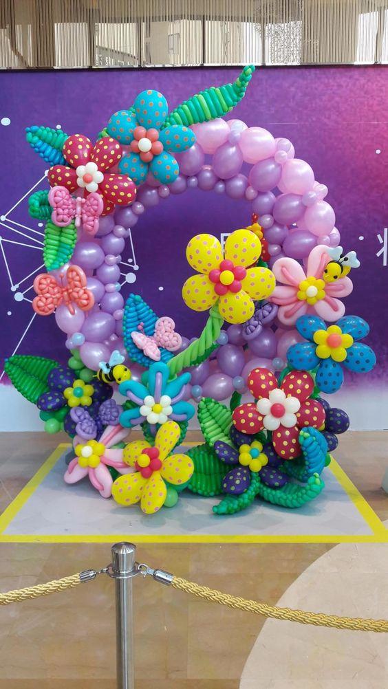ΕΙΔΙΚΗ ΚΑΤΑΣΚΕΥΗ από μπαλόνια  : Κήπος