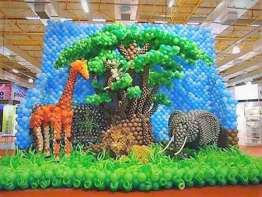 Ειδική κατασκευή από μπαλόνια :  Ζούγκλα