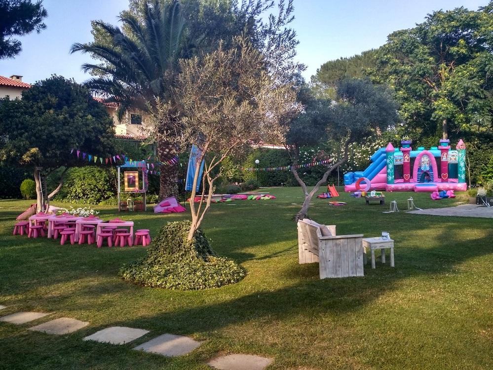 Παιδικό πάρτυ με θέμα Ροζ Πριγκίπισσες  (απο το αρχείο μας)