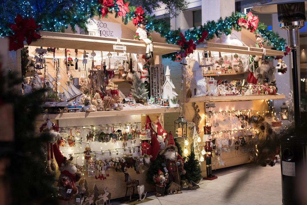 Χριστουγεννιάτικα περίπτερα στο HILTON 2017-2018