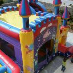 Φουσκωτό Παιχνίδι Πριγκιπικό Κάστρο Φ40 4